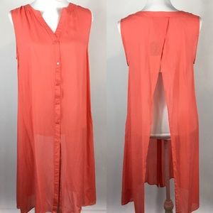 Umgee Peach Button Open Back Tunic Size Small NEW